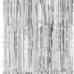 Gümüş folyodan püsküllü perde