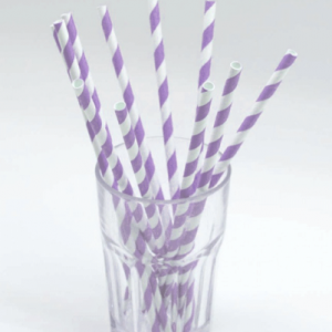 Kağıt parti pipetleri parti temanızın tamamlayıcısıdır. Parti sofrasını şıklaştırır. Parti bardakları ve şişe / kutu içeceklerle kullanmaya elverişlidir. Doğum günü partilerinde