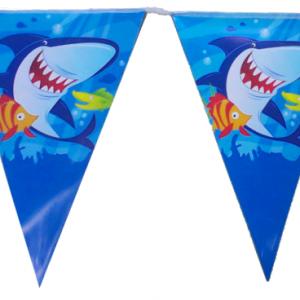 Okyanus ve deniz hayvanları temalı ip üzerinde flama bayraklardan oluşan parti afişi
