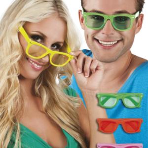 rengarenk parti gözlükleri! Stok durumuna göre farklı parlak renklerde yollanır. Renk tercihiniz varsa sipariş numaranızı belirterek depo@partipaketi.com adresine mail atabilirsiniz.