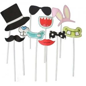 Parti eğlencelerinizde fotoğraf çektirirken birer parti aksesuarı olarak kullanabileceğiniz bu çubuklar