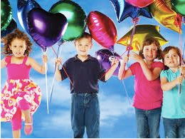 Büyük Boy Latex ve Folyo Balonlar için kullanılabilir. Kauçuk balonu şişirdikten sonra hava kaçırmasını engellemek için ucuna düğüm atınız.