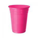 Plastik kullan at parti bardağı. Diğer renkli parti malzemeleriyle kombinleyebilirsiniz.