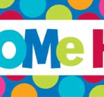 Eve Hoşgeldin (Welcome Home) yazılı kağıt banner.