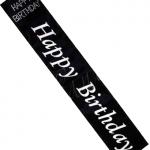 """Doğum günü partileri için 80x10cm üzerinde pırıltılı baskılı ve stars taşlı """"Happy birthday"""" """"Nice yıllara"""" yazılı saten doğum günü kuşağı."""